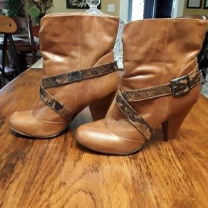 Aldo heeled brown boots